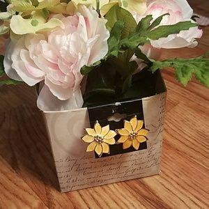 Vintage Flower Earnings